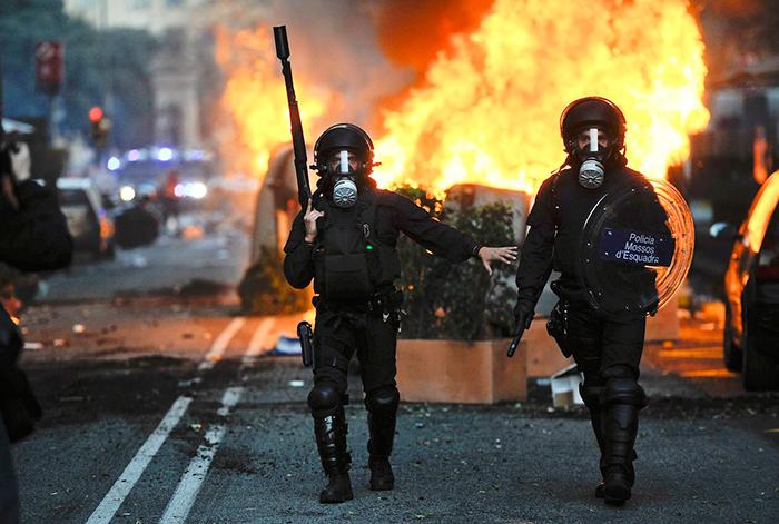 Αστυνομικές-δυνάμεις-Ισπανία.
